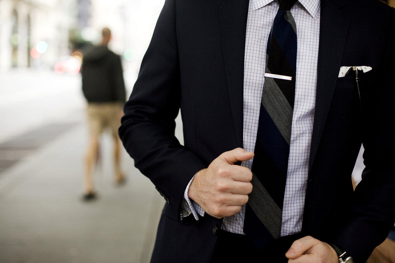 how_to_wear_a_tie_in_history